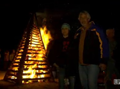 Bonfires on the Levee in St. James Parish