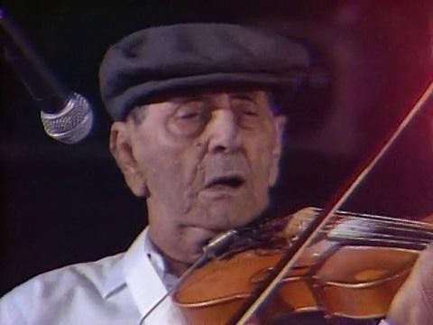 Cajun fiddler Dennis McGee
