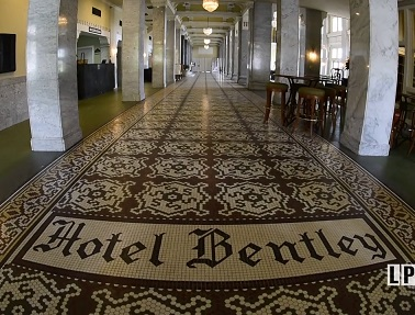 Hotel Bentley in Alexandria