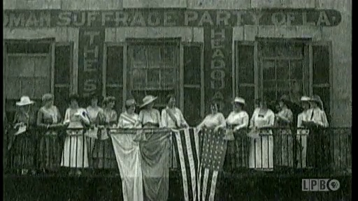 Women Gain the Right to Vote in 1920